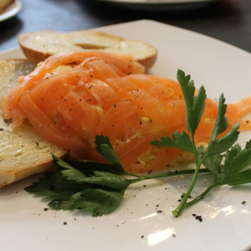 Scrambled egg with salmon